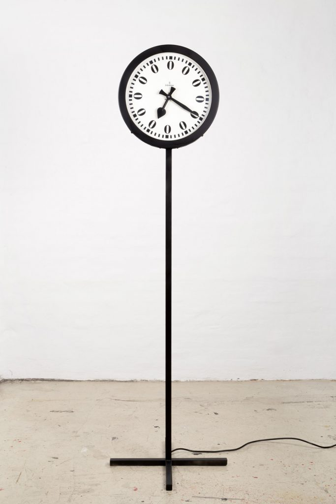 Heinz Mack, ZERO-Zeit 220 Volt / ZERO-Uhr, 1961/2008, Collection ZERO foundation, Düsseldorf