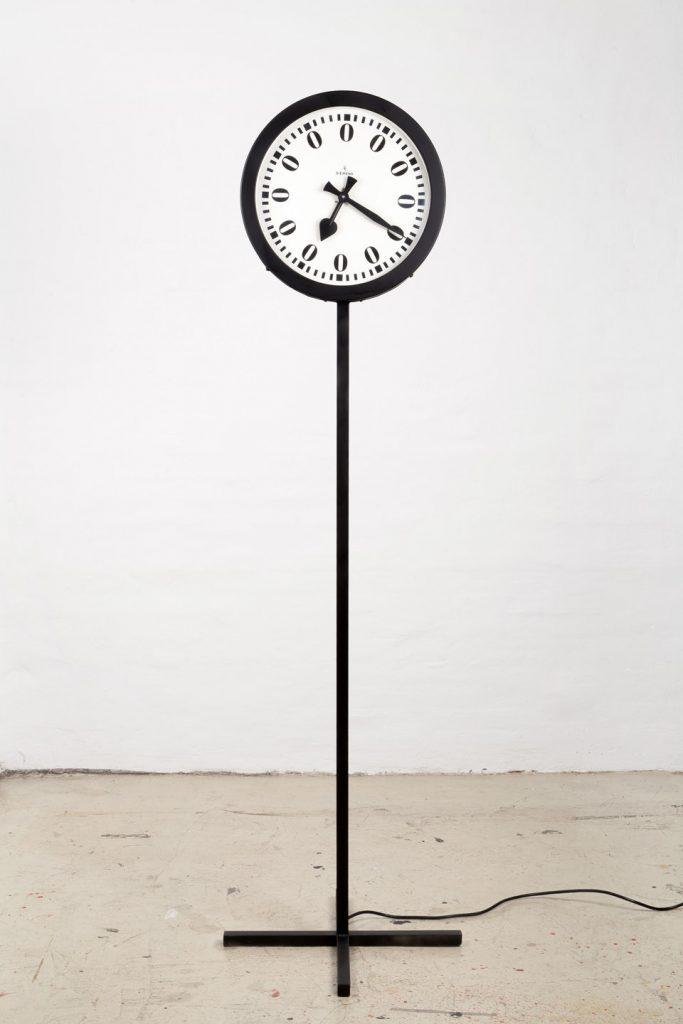 Heinz Mack, ZERO-Zeit 220 Volt / ZERO-Uhr, 1961/2008 Collection ZERO foundation, Düsseldorf